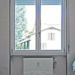 serramento-legno-alluminio-stanza-interno-casa