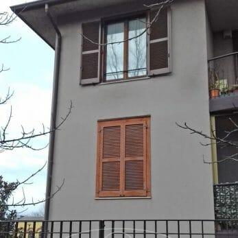 facciata-palazzo-persiana-aperta
