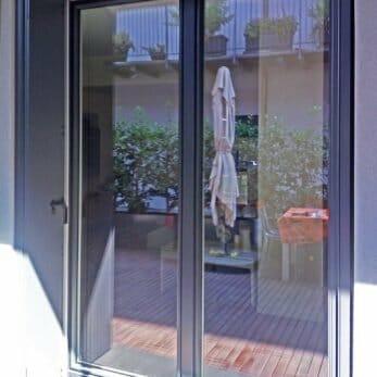 finestra-blindata-bicolore-esterno