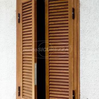 persiana-blindata-effetto-legno