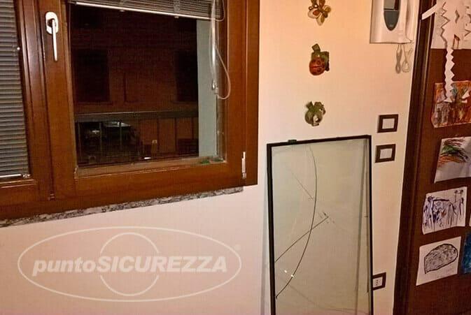 scasso-dalmine-finestra