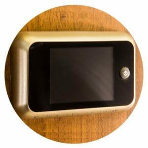 Porte blindate moderne su misura punto sicurezza casa for Spioncino elettronico per porte blindate